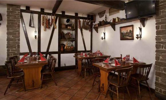 Все меню и напитки в немецком ресторане «Бюргер»