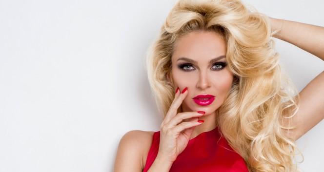 Скидки до 100% на услуги для волос в Студия красоты «Жемчужина»