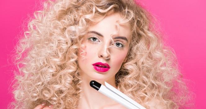 Скидки до 50% на биозавивку и выпрямление волос в Салон красоты «У Марины»