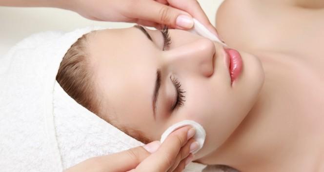 Скидки до 60% на косметологию в салоне «Сфера красоты» в Салон красоты «Сфера красоты»