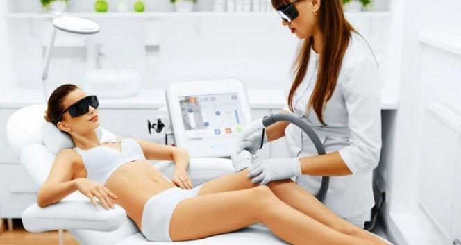 Скидки до 64% на косметологию и лазерную эпиляцию в Центр коррекции фигуры и косметологии