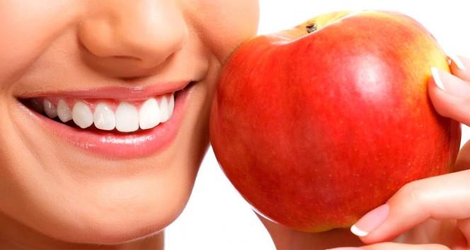 Скидки до 80% на виниры, коронки и имплантацию в Стоматологическая клиника «Макс-Дентал»