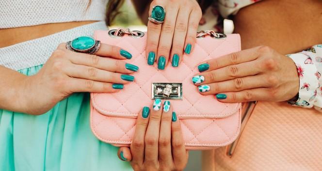 Скидки до 82% на ногтевой сервис в центре Москвы в Салон красоты «Малика»