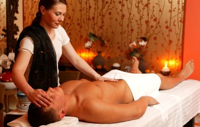 Картинки по запросу эротический массаж в салоне