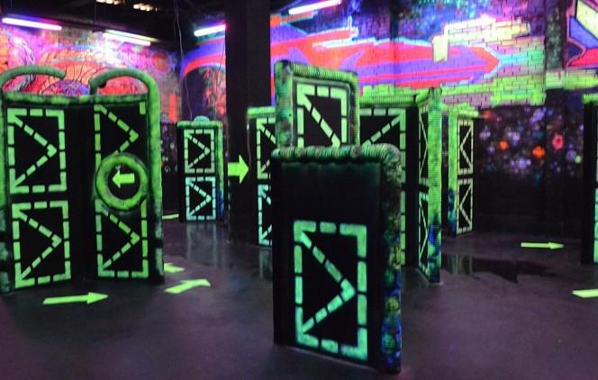 спортивно-развлекательный клуб q-zar боулинг игровые автоматы